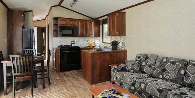The Inside Of This Trailer Home Will Blow Your Mind!