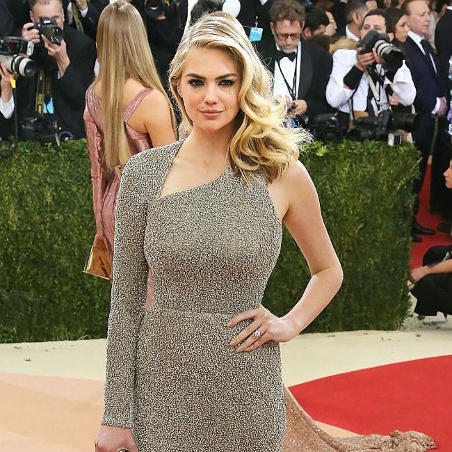 Kate Upton Wedding: Kate Upton To Wear 'sexy' Wedding Dress